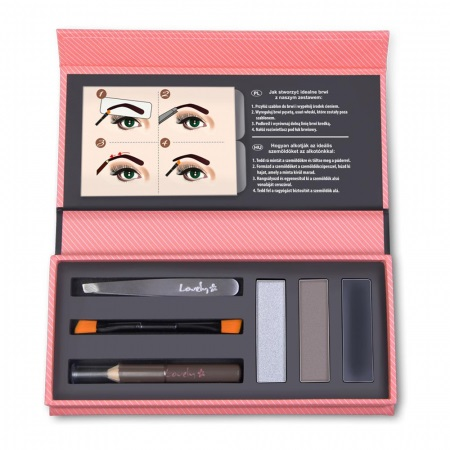 Kozmetika Lovely je znana zlasti po različnih ličilih za poudarjanje ženskih oči