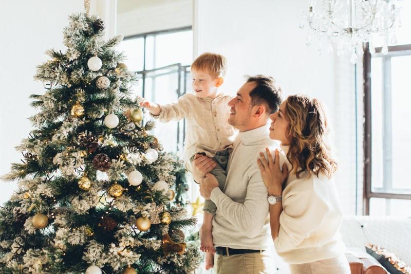 Umetna božična drevesa s stojali